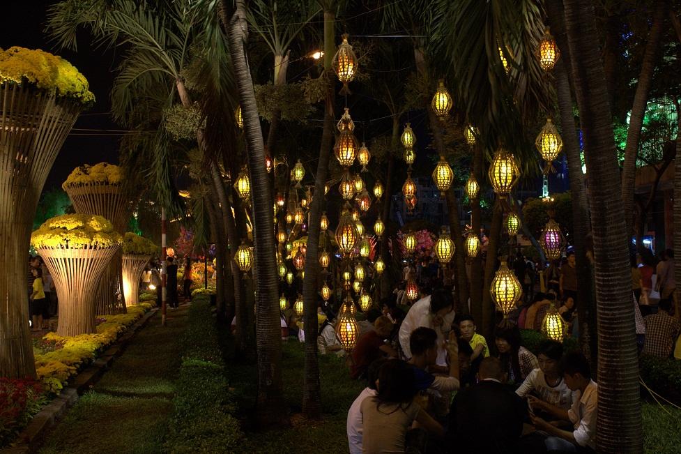 Lanterne a Ho Chi Minh, notte del Tet
