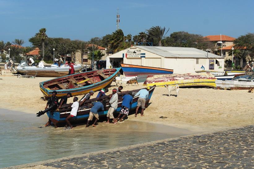 Barca Santa Maria Sal